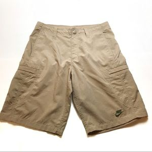 Nike khaki cargo shorts size medium